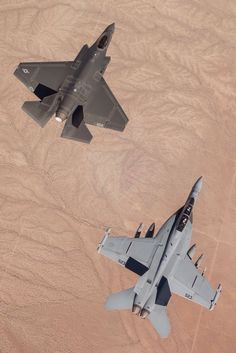 """zainisaari: """"HOW WE TALKU.S. Navy F/A-18F Super Hornet assigned to the Dust Devils of Air Test and Evaluation Squadron (VX) 31 at Naval Air Weapons Station China Lake, Calif., conducts an..."""