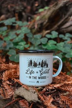 Planning your summer camping trip? Don& forget an Enamel Camp Mug for sippi. Planning your summer camping trip? Don& forget an Enamel Camp Mug for sipping your coffee or a sneaky cup of whiskey around the campfire. Five fun designs to choose from! Camping Life, Camping Meals, Camping Hacks, Camping Cups, Camping Box, Camping Breakfast, Camping Kitchen, Truck Camping, Camping Checklist