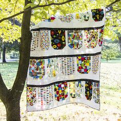 BuntingQuiJubilee Quilt | The Land That Never Wast3_sm