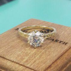 A sensational vintage-inspired ring.