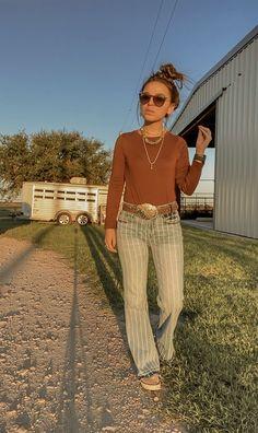 Western Wear Western Outfits Women, Cowgirl Style Outfits, Country Style Outfits, Cowgirl Outfits, Cute Outfits, Western Wear, Western Style, Cowgirl Look, Aesthetic Fashion