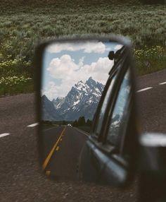 travel idea alone 308 Bilder aus Project Van Life - travelideas Camping Aesthetic, Travel Aesthetic, Adventure Aesthetic, Simple Aesthetic, Aesthetic Design, Summer Aesthetic, Adventure Awaits, Adventure Travel, Adventure Campers