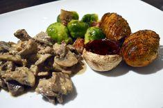 Elgskav - Ungkarskokken Sprouts, Bacon, Beef, Vegetables, Food, Meat, Essen, Vegetable Recipes, Meals