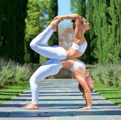 @MackenzieYoga & @AubryMarie in the Moto Legging in White/White Glossy http://www.aloyoga.com/w5434r-moto-legging