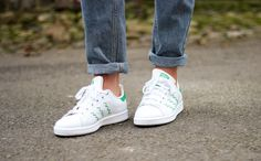 EVERYTHING EMBROIDERY // HOW TO WEAR IT // ADIDAS STAN SMITH ZIG ZAG TRAINERS