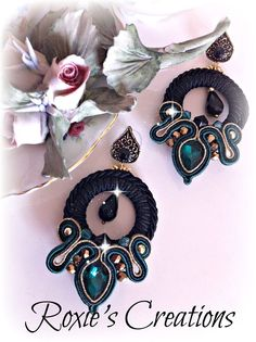 orecchini soutache e cristalli https://www.facebook.com/pages/Roxies-Creations/1425843984294757