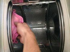 Nettoyer intérieur machine à laver avec microfibre