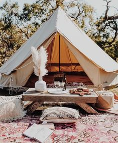 Protech Bell Tent Breathe Bell Tents - Tents - Ideas of Tents Bell Tent Camping, Camping Glamping, Teepee Tent Camping, Camping Set, Camping Con Glamour, Zelt Camping, Canvas Bell Tent, Outdoor Living, Outdoor Decor