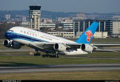 Airbus A380-841 B-6140 120 Toulouse Blagnac - LFBO China Southern Airlines.