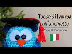 Gufetto laureato a uncinetto Schema in italiano