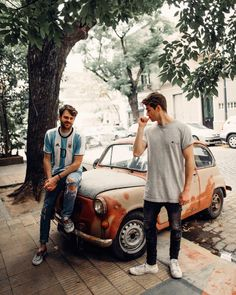 The Chainsmokers (@thechainsmokers) • Instagram photos and videos