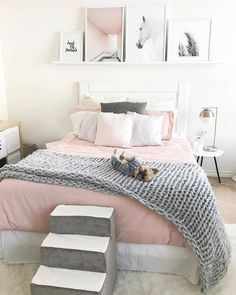 bedroom decor ideas for teens; Small and warm cozy bedroom ideas; Pink and grey bedroom;Minimalist home design. Cozy Teen Bedroom, Pink Bedroom Decor, Girls Bedroom, Bedroom Themes, Pastel Bedroom, Girl Rooms, Bedroom Ideas Grey, Trendy Bedroom, Bedroom Bed