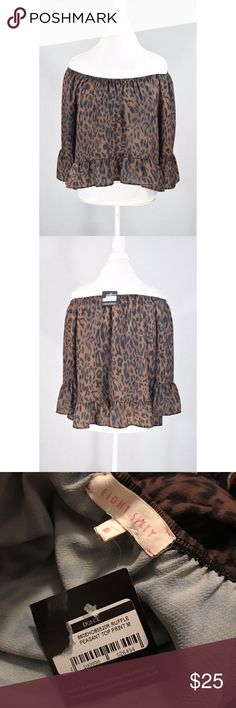 """NWT Leopard Skin peasant top 22"""" L 20"""" pit to pit Eight Sixty Tops Blouses"""