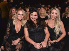 Nicole Kidman got friendly with Kimberly Williams-Paisley, Lauren Bushnell cozied up to new boyfriend Chris Lane and more of what you missed during the 2018 CMA Awards on Wednesday, November 14 — photos Country Music Artists, Country Music Stars, Ashley Monroe, Chris Lane, Lauren Bushnell, Kimberly Williams, Pistol Annies, Miranda Lambert, Cma Awards
