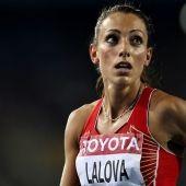 Голямата звезда на европейския спринт Ивет Лалова пристигна в английската столица и вече се настани в олимпийското село. Лекоатлетката ни кацна в Лондон с полет от Рим заедно със своя треньор Роберто Бономи.
