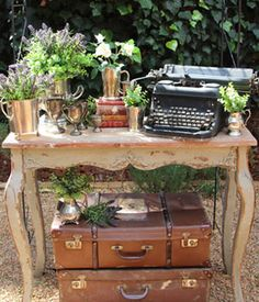 I'd like to incorporate old timey things that looked overgrown by plants into my wedding too! Too overdone? It's kind of like time travel?