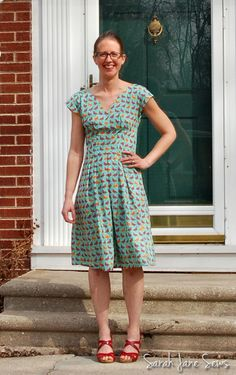 Sarah Jane Sews: It's Sew Dolly Clackett!