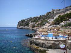 SUITS & SHOTS : Cala Llamp Mallorca