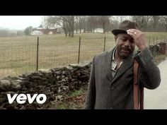Music video by Darius Rucker performing Wagon Wheel. (P) (C) 2013 Capitol Records Nashville. All rights reserved. Unauthorized reproduction is a violation of...