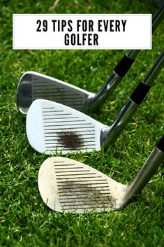 29 tips for every golfer golf tips golfing tips golf for beginners golf help golf how to golf tee golf swing golf putting golf driving golf game Golf Breaks, Golf Putting Tips, Golf Chipping, Chipping Tips, Golf Videos, Golf Instruction, Golf Tips For Beginners, Golf Exercises, Stretches