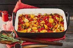 Mediterranes Ofengemüse mit Halloumi - Kartoffeln,Paprika, Tomaten, Zucchini und Oliven