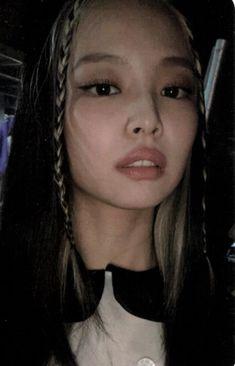 Kim Jennie, Blackpink Photos, Blackpink Fashion, Swagg, Photo Cards, Girl Crushes, Foto E Video, Kpop Girls, Korean Girl