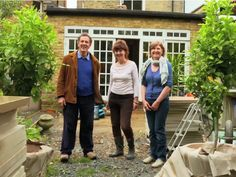 BBC Two - Big Dreams Small Spaces, Series Episode Monty plants the Lemon trees in Teddington Bbc, Small Space Gardening, Small Gardens, Outdoor Gardens, Southern Living, Gardening For Beginners, Gardening Tips, Gardening Services, Longmeadow Garden