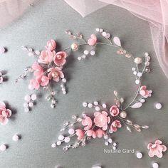 Floral Headpiece, Headpiece Wedding, Bridal Headpieces, Kawaii Jewelry, Silk Hair, Bridal Comb, Hair Decorations, Wedding Hair Flowers, Crown Hairstyles