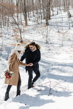 Alpine Snowy Engagement at the Vermion Mountains, no, not Vermont from the Sates, but close enough! What better than to enjoy this snowy hygge love story? Winter Engagement, Engagement Session, Vermont, Love Story, Mountains, Bergen