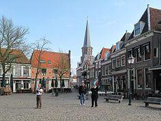 Hoorn, kerk in straatzicht (vanaf de Roode Steen)