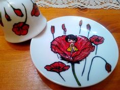 Painted plate- little girl in a poppy/ Farfurioară pictată-fetiţă într-un mac Painted Plates, Poppy, Little Girls, Minnie Mouse, December, Mac, Cookies, Desserts, Handmade
