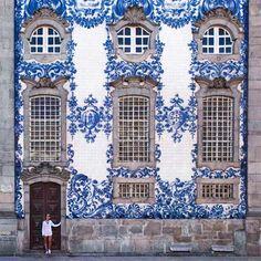 CARMELITAS CHURCH, PORTO, PORTUGAL by @alienchrisblog
