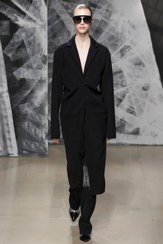 Jil Sander Fall 2016 Ready-to-Wear Fashion Show