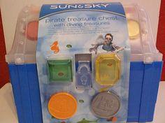 Sun & SkyPirate Treasure Chest with Diving Treasures Pool Toys Pirate Treasure Chest, Pool Toys, Diving, Sun, Mermaids, Amazon, Room, Christmas, Bedroom