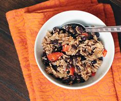 Andrea's Easy Vegan Cooking: Smoky, spicy black beans and rice