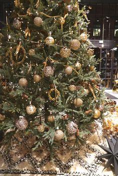 Luxury Christmas Tree, Christmas Time, Christmas Ornaments, The Farm, Flamingo, Holiday Decor, Home Decor, Flamingo Bird, Decoration Home