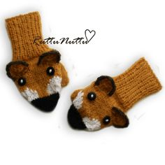 Somebody please give me cpr. Knitting Yarn, Baby Knitting, Knitting Patterns, Knit Mittens, Knitted Hats, Animal Hats, Knitted Animals, Baby Booties, Handicraft