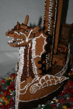 We are impressed! The Voyage of the Dawn Treader gingerbread cake! Perfect for Narnia's first Christmas!