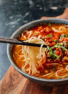 Shanghai Hot Sauce Noodles, by thewoksoflife.com @thewoksoflife