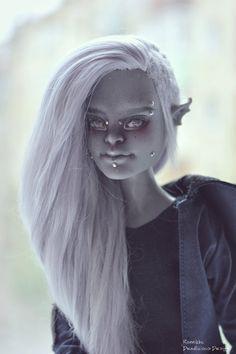 OOAK Monster High High doll repaint Garrott du Roque by RonnikBC
