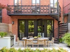 New York Townhouse Restored by Peter Pennoyer and Shawn Henderson Photos | Architectural Digest