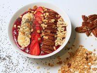 Frühstücken: gut oder schlecht? Smoothie Bowl, Smoothies, Eat Smarter, Acai Bowl, Pudding, Breakfast, Healthy, Desserts, Food