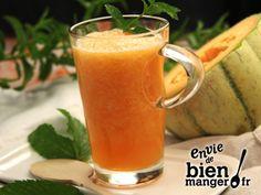 Thé glacé au melon et à la menthe