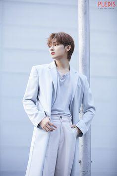 "tracy ; wonwoo on Twitter: ""#준 in-complete behind… "" Hoshi, Jeonghan, Vernon, Seventeen Junhui, Hip Hop, Wen Junhui, Seventeen Wallpapers, Seventeen Debut, Pledis 17"