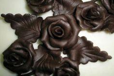 Čokohmota na poťahovanie a modelovanie - Sladké recepty - TradicniRecepty.cz Chocolate Flowers, Oreo Cupcakes, How Sweet Eats, Fondant, Origami, Food And Drink, Candy, Decorating, Model