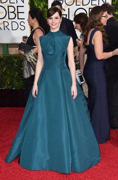 Felicity Jones en los Globos de Oro 2015, de Dior.