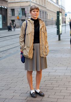 (hel looks) Cool girl and THE coolest and most original streetstyle blog ever!! Love Hel Looks!!
