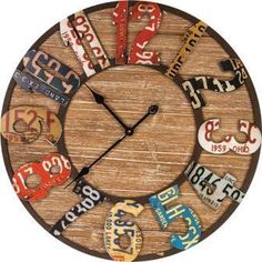 Repurposed Metal And Wood Wall Clock - Vintage License Plate Design License Plate Crafts, License Plate Designs, License Plate Art, License Plate Ideas, Cool License Plates, Clock Art, Diy Clock, Clock Ideas, Cute Wall Decor