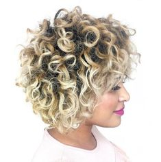Natural Short Blonde Hairstyle