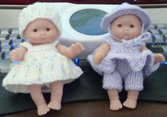 Ladyfingers - Itty Bitty doll patterns - Part 2 Knitting Dolls Clothes, Baby Doll Clothes, Crochet Doll Clothes, Knitted Dolls, Doll Clothes Patterns, Doll Patterns, Knitting Patterns, Crochet Dolls, Baby Knitting